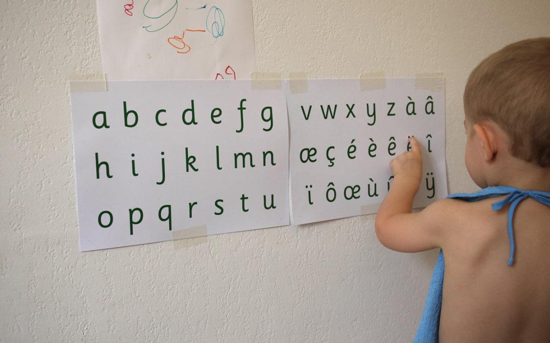 Comment sont apparus, par inadvertance, les diacritiques et ligatures.